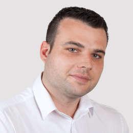 Sylvain V.