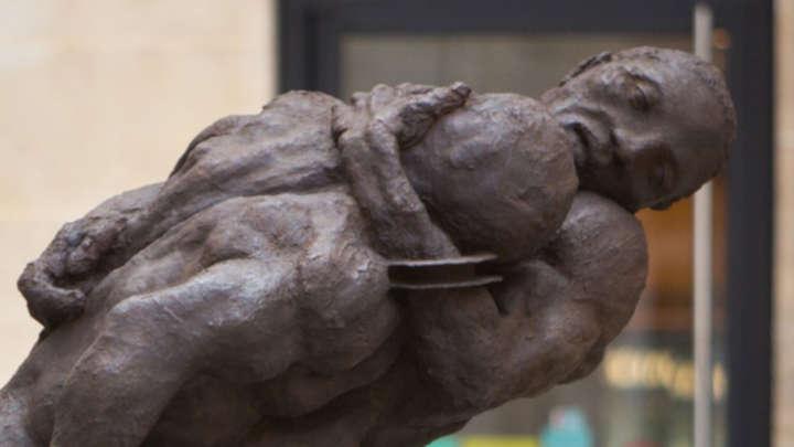 """Statue de bronze """"un couple de lutteurs"""" Ousmane SOW"""